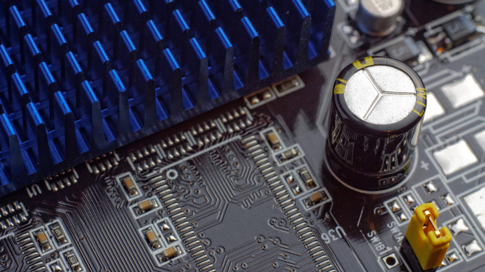 Computer Bay